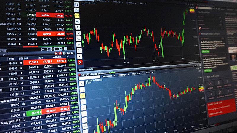経済や政治に興味が持てないのなら、株式投資やってみたら?のアイキャッチ画像