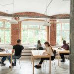 【法人化】コワーキングスペースを会社のオフィスにして登記するメリット・デメリット